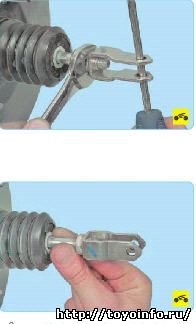 Для регулировки педали тормоза выполните