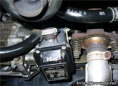 установка предпускового подогревателя охлаждающей жидкости на Corolla spasio, Установка подогрева на двигатель Тойота